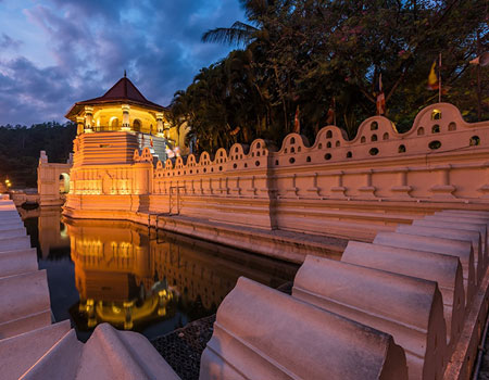 The Temple of the Sacred Tooth Relic in Sri Lanka Credit: yotrak/yotrak