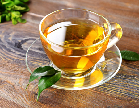 At least three cups of green tea per week was linked to longer lifespan in a Chinese studybelchonock/Depositphotos